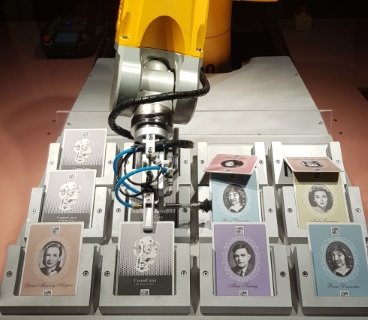 Memory game vs robot at CosmoCaixa, Barcelona